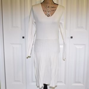Sahalie Winter White Sweater Dress Size M